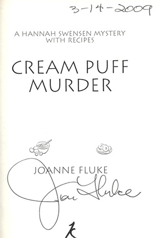 Image for Cream Puff Murder (Hannah Swensen Mysteries With Recipes) [Hardcover]